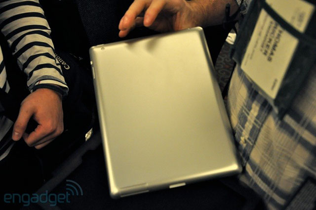 Dexim's purported iPad 2 metal mockup